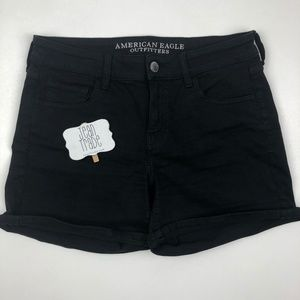 American Eagle Midi Black Shorts